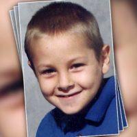 conductor de autobús se une en la búsqueda del niño desaparecido, pero él no es lo que parece