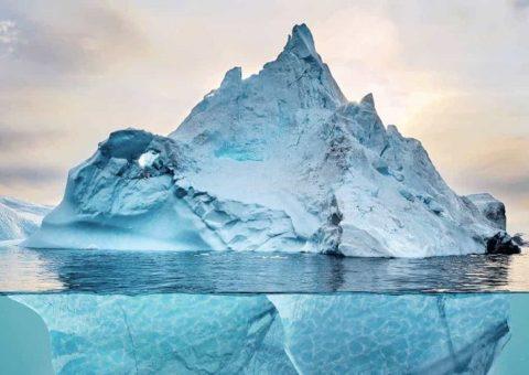 Empresario quiere remolcar un Icebergs desde la Antártida hasta el Golfo Pérsico