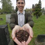 Washington aprueba una ley para convertir los cadáveres en tierra fértil