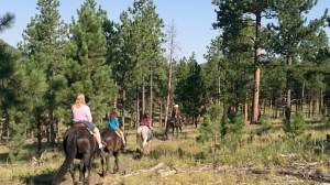 Travel with Kids to South Dakota | Must See Sites & Where to Stay