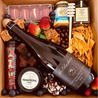Sparkling Treat grazing style hamper -Perfect treat for sparkling wine and sweet treats