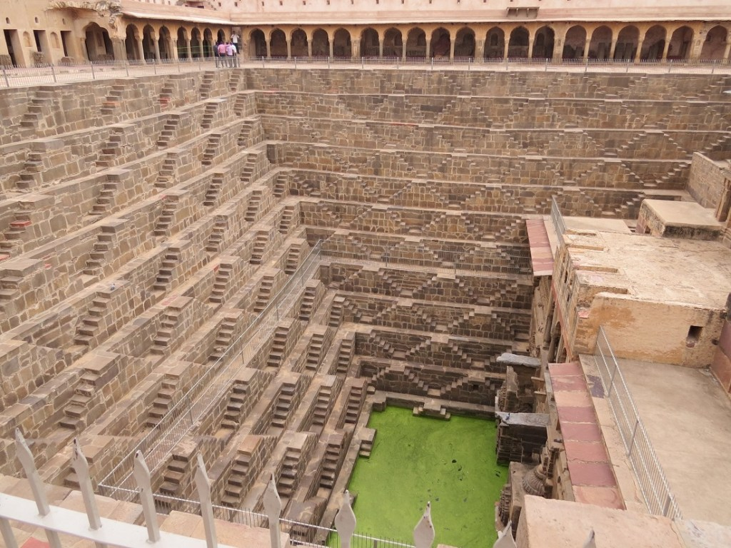 Chand Baori, in the village of Abhaneri near Bandikui, Rajasthan. Image Credit: Wikimedia Commons CC BY-SA 4.0.