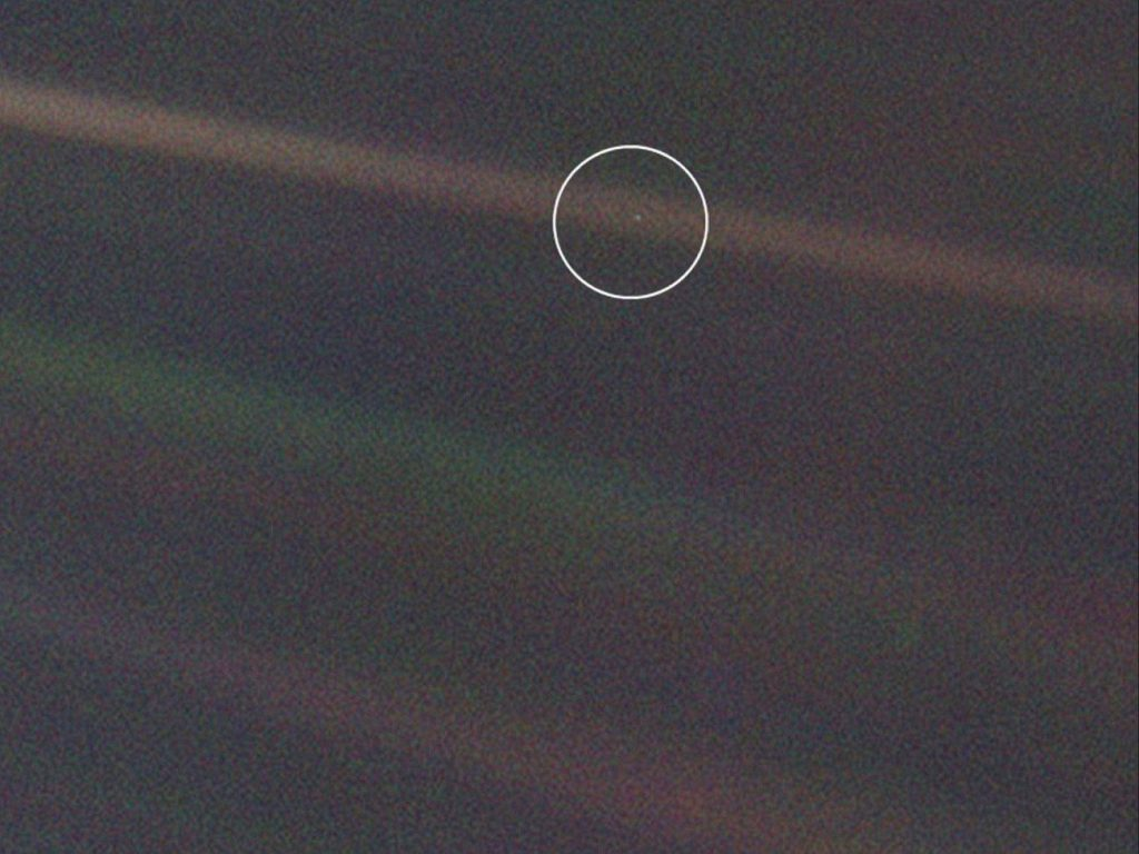 Think We Are Alone in the Universe? Here Are 25 Images That