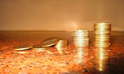 Las subidas de precio en las tarifas se acercan: esto es todo lo que puedes hacer para evitarlas (y hasta pagar menos)