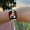 Zuckerberg cree que un smartwatch con cámara es una buena idea y ha hecho que Facebook invierta 1.000 millones de dólares
