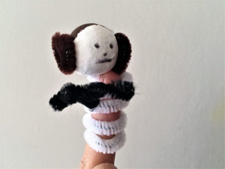 Star Wars Pipe Cleaner Finger puppets - Princess Leia finger puppet