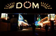 Fig. 8: Fun fair Dom, Hamburg, St. Pauli.