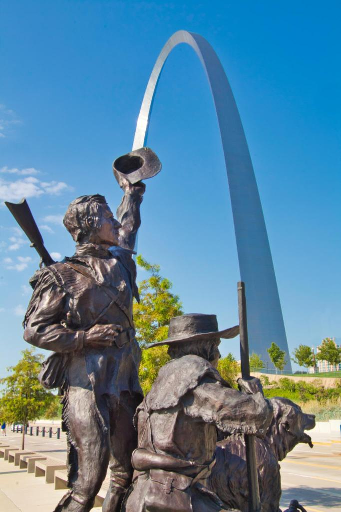 Curious Craig - Lewis and Clark at Gateway Arch