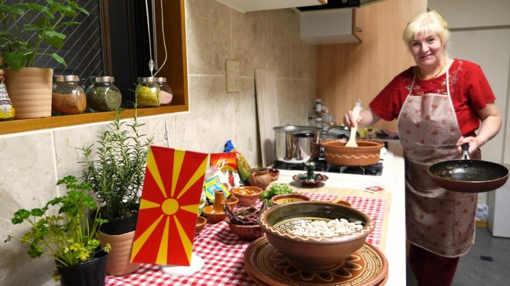 The ambassador's mum, Shekerina cooks tafche grafche in Tokyo
