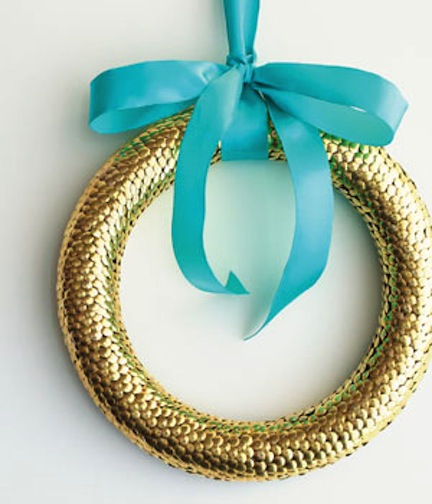 diy-holiday-wreath