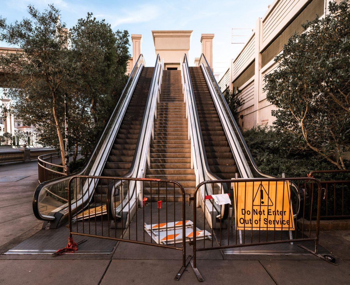 Las Vegas - Escalator - Covid