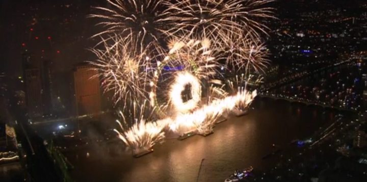 New Year's Eve Fireworks London (Pictures & Video ...