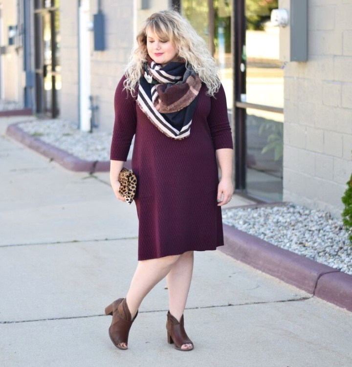 Autumn J.Jill style is in full swing, this post shares a look at the October featured garments from J.Jill with styling tips and tricks.