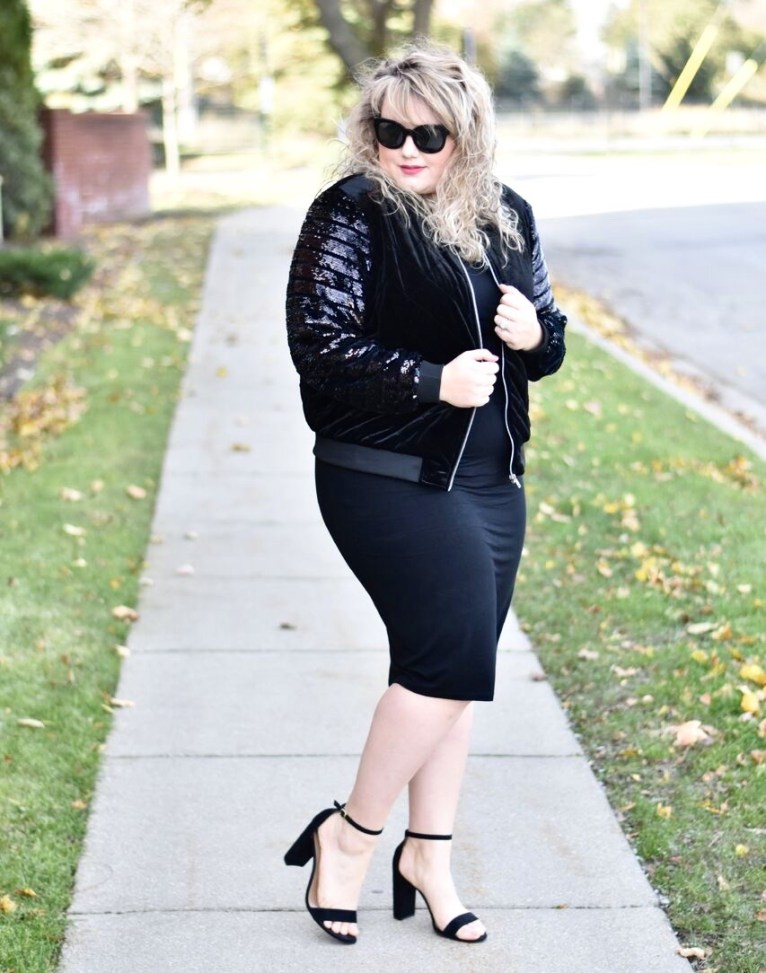 This week on the blog I am teaming up with Liz Louize to share how a statement piece can dress up pieces you already own! Sequin Jacket with Liz Louize.