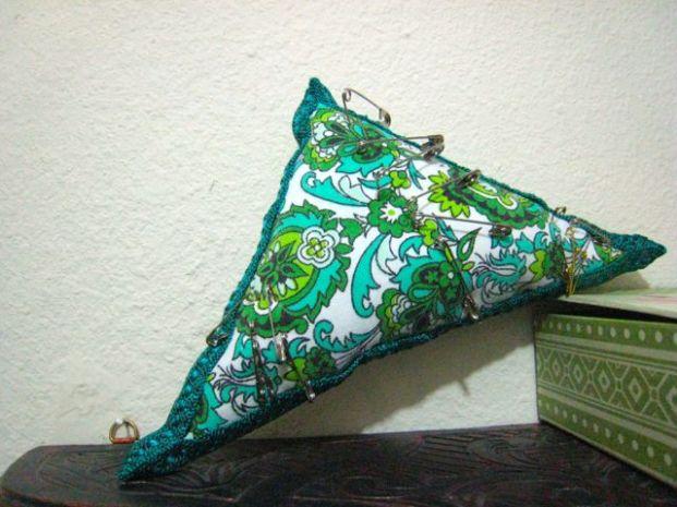perky ickle pin cushion