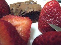 newest brownie version & strawberries