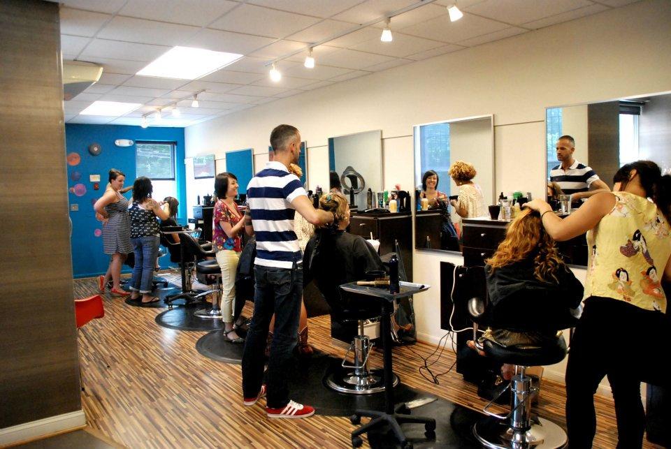 Parlour Salon DC Curls Understood