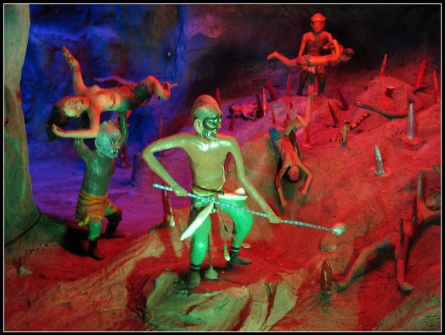 sinners at the ten courts of hell singapore | curlytraveller.com