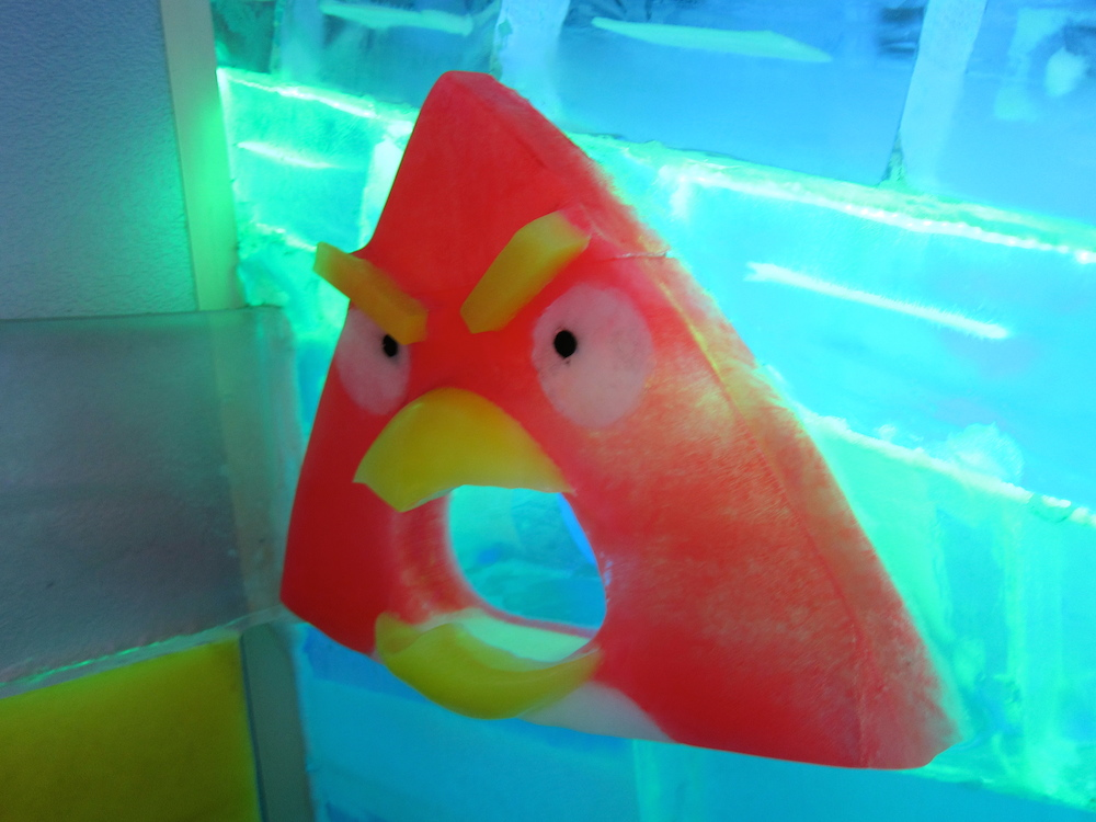 Frozen angry bird at Ice Museum Seoul |curlytraveller.com