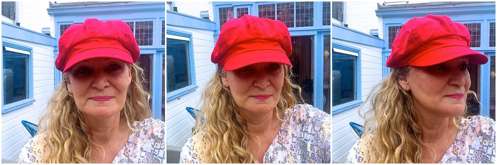 Woman with red hat newsboy hat |curlytraveller.com