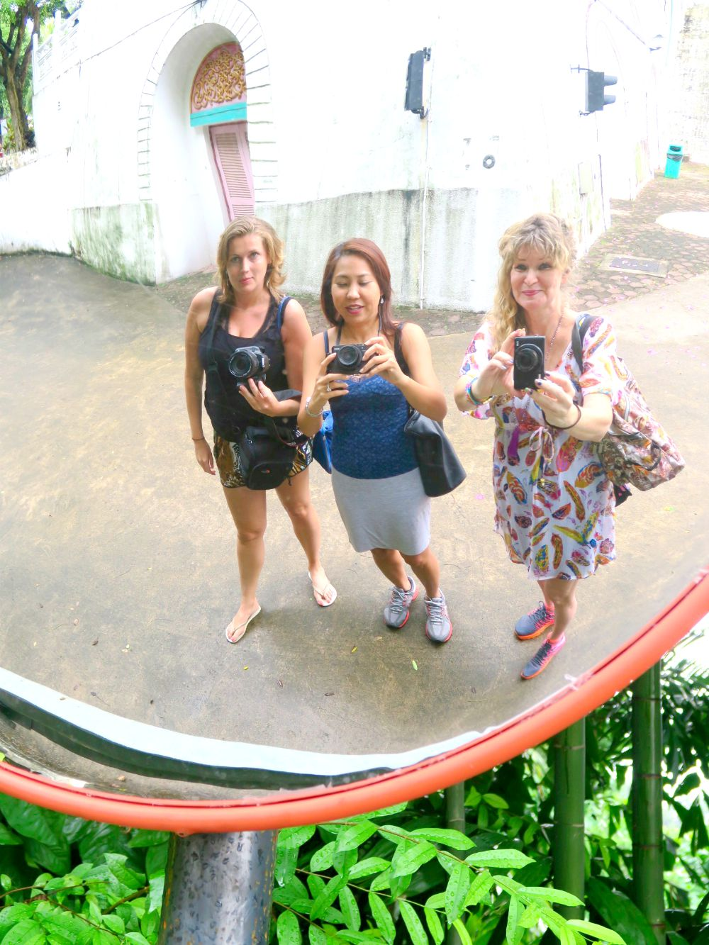 Three women visiting Tiger Balm Garden Singapore |curlytraveller.com