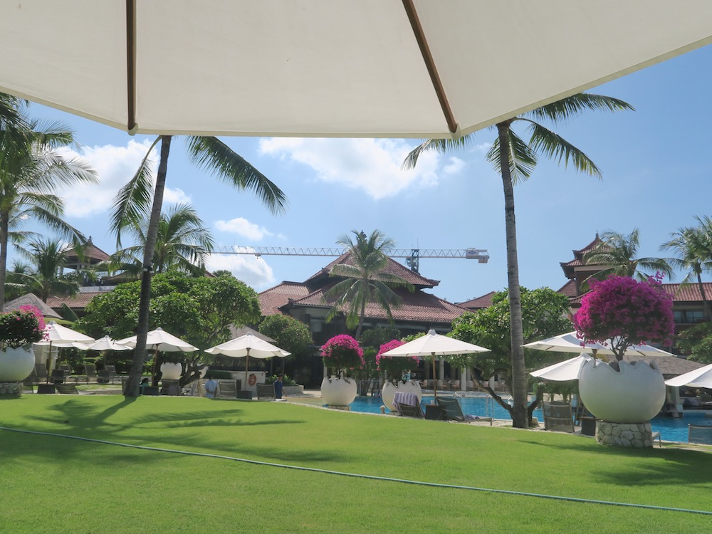 Garden of Holiday Inn Resort Baruna Bali |curlytraveller.com