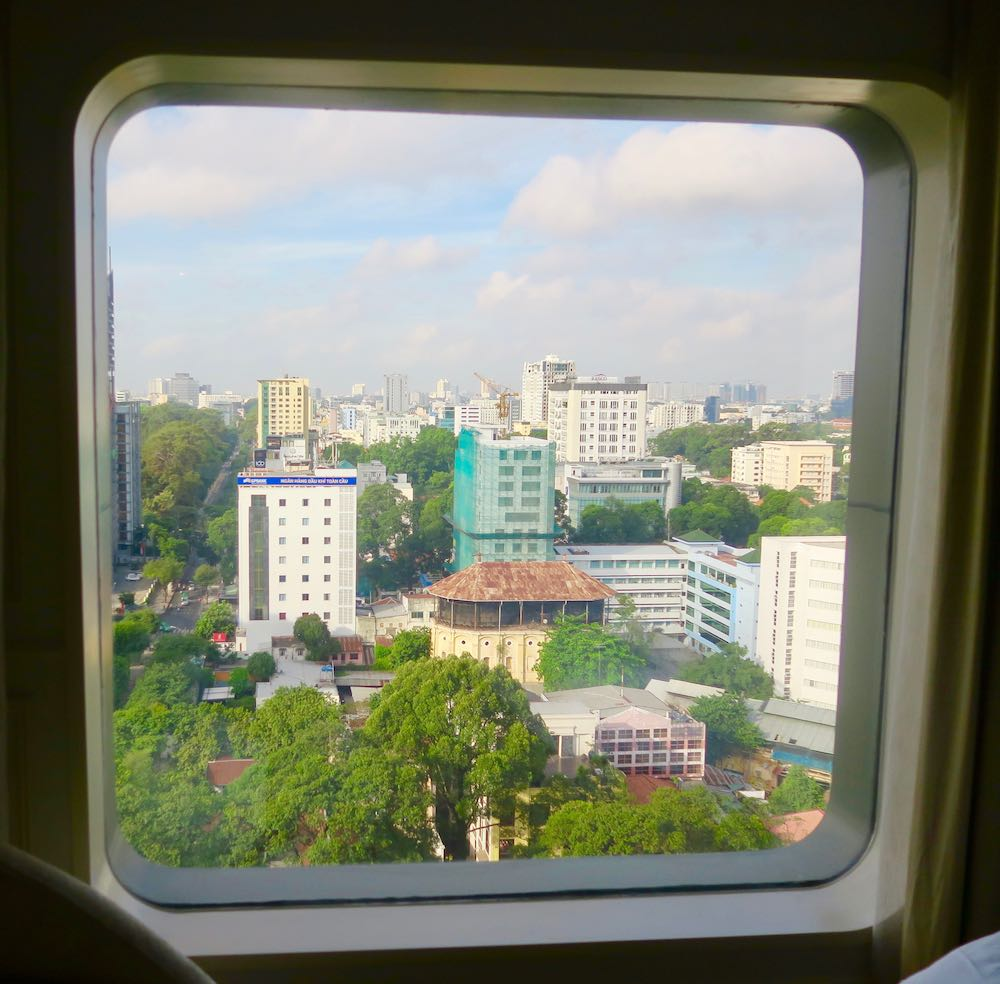 Rounded windows at hotelsuite in Saigon |curlytraveller.com