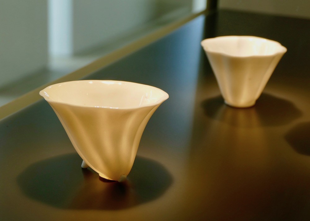 Paperthin tea cups from China |curlytraveller.com