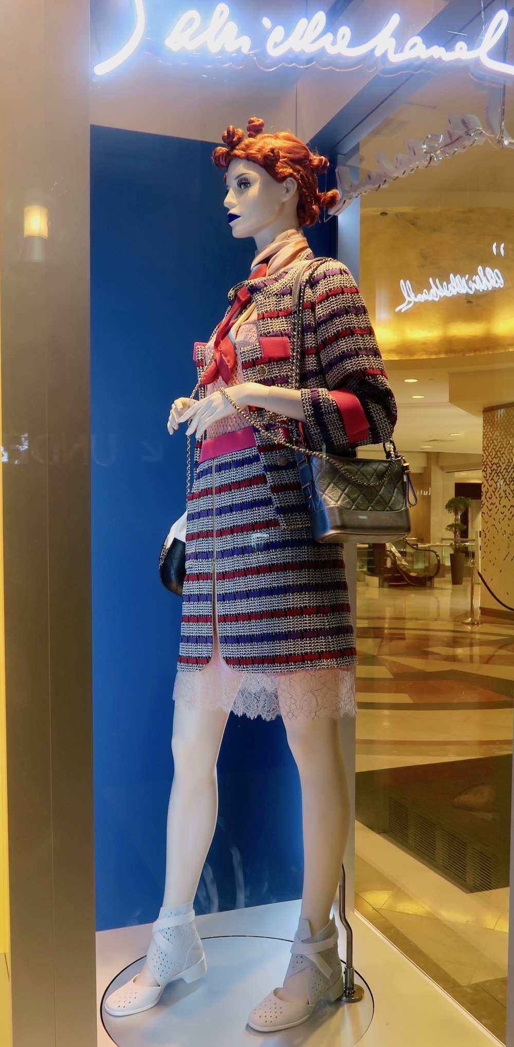 Chanel mannequin in Chanel store on Orchard |curlytraveller.com