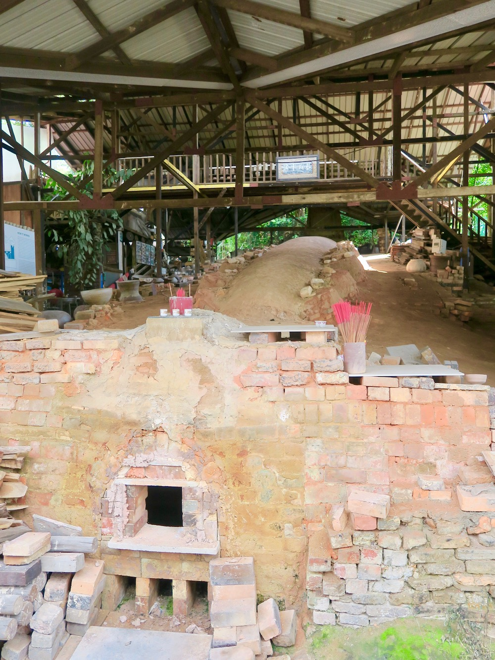 Dragon Kiln in Singapore |curlytraveller.com