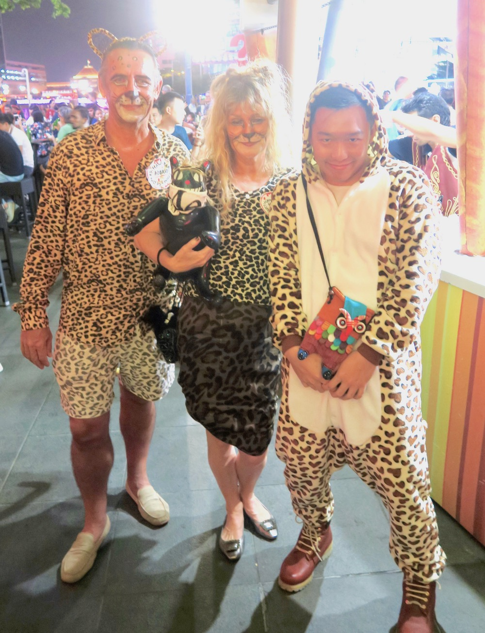 Three big cats at Halloween clarke Quay Singapore |curlytraveller.com