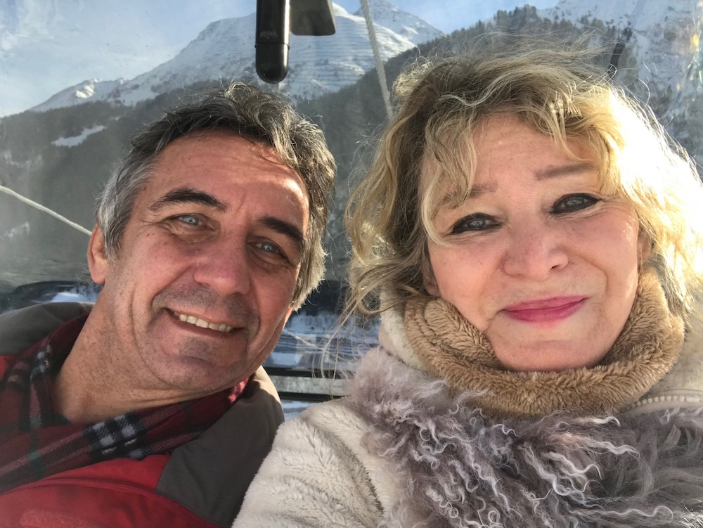 Couple in cable car in Tirol |curlytraveller.com
