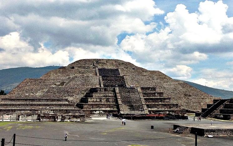 23. piramida ksiezyca teotihuacan