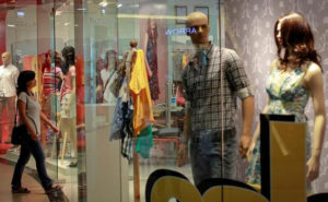 India overtakes China to top global retail index says GRDI report