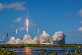 SpaceX shoots for Sunday satellite launch from KSC