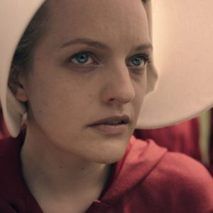 Awards Chatter' Podcast: Elisabeth Moss ('the Handmaid's Tale')