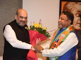 Dissident Trinamool leader Mukul Roy joins BJP