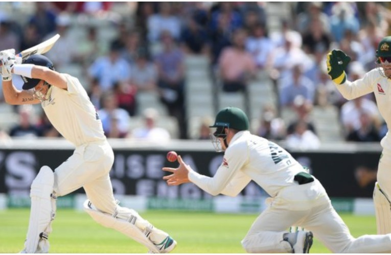 Australia wins 1st Ashes Test by 251 runs after dramatic England collapse