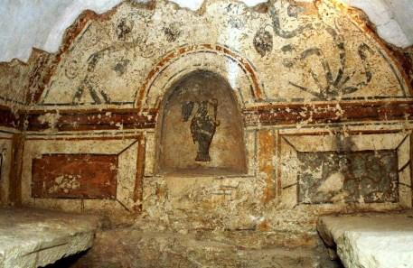 Burial chamber frescoes