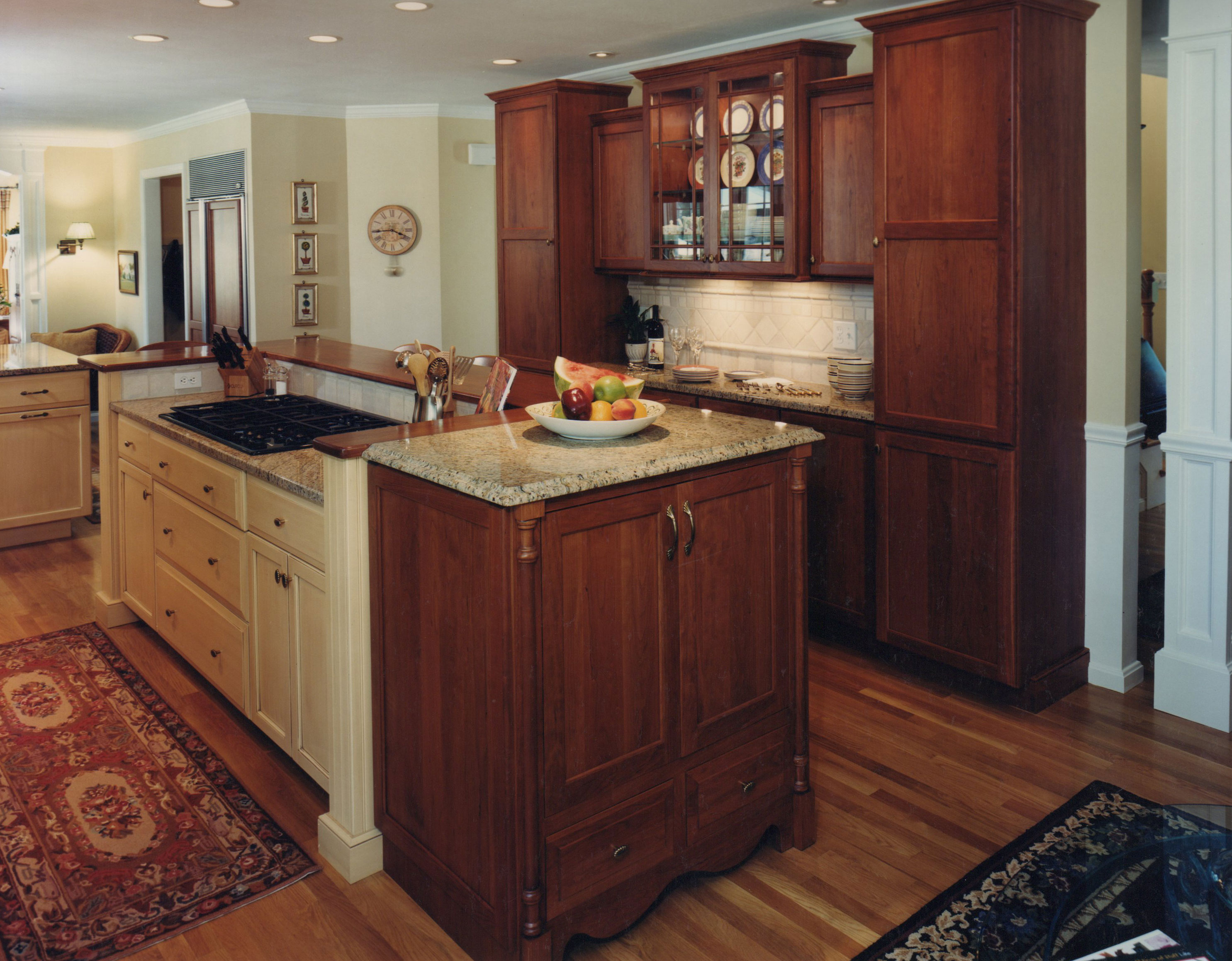 Leave enough room on all sides to move around — 3 feet of. Country Kitchen – Island Cooktop | Currier Kitchens