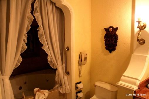 Baño Hotel Vista Real Guatemala Navidades 2103
