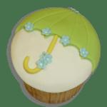 Cupcake Decorado como Sombrilla por Rosa Quintero
