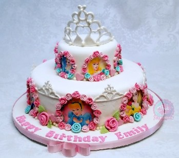 Pastel decorados con tema princesas por Rosa Quintero