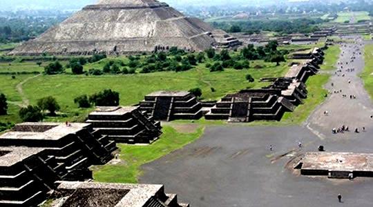 maias-astecas-piramide-sol