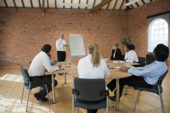 Cursos e Empregos train-the-trainer-course-image-580x386 Senai Andradina Cursos Técnicos 2016