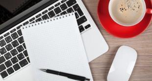 Cursos e Empregos bigstock-Blank-notepad-over-laptop-and-51253441 CIEE Cursos Gratuitos de Informática 2016