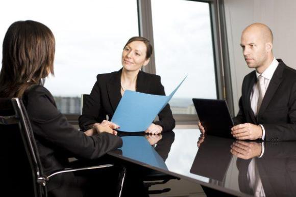 Cursos e Empregos Mitos-e-verdades-nas-entrevistas-de-emprego-1-580x387 Mitos e verdades nas entrevistas de emprego
