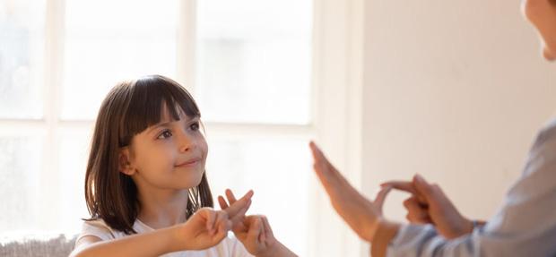 lenguaje de signos para comunicarnos correctamente