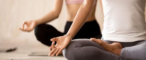 cursos de yoga online gratis para practicarlo