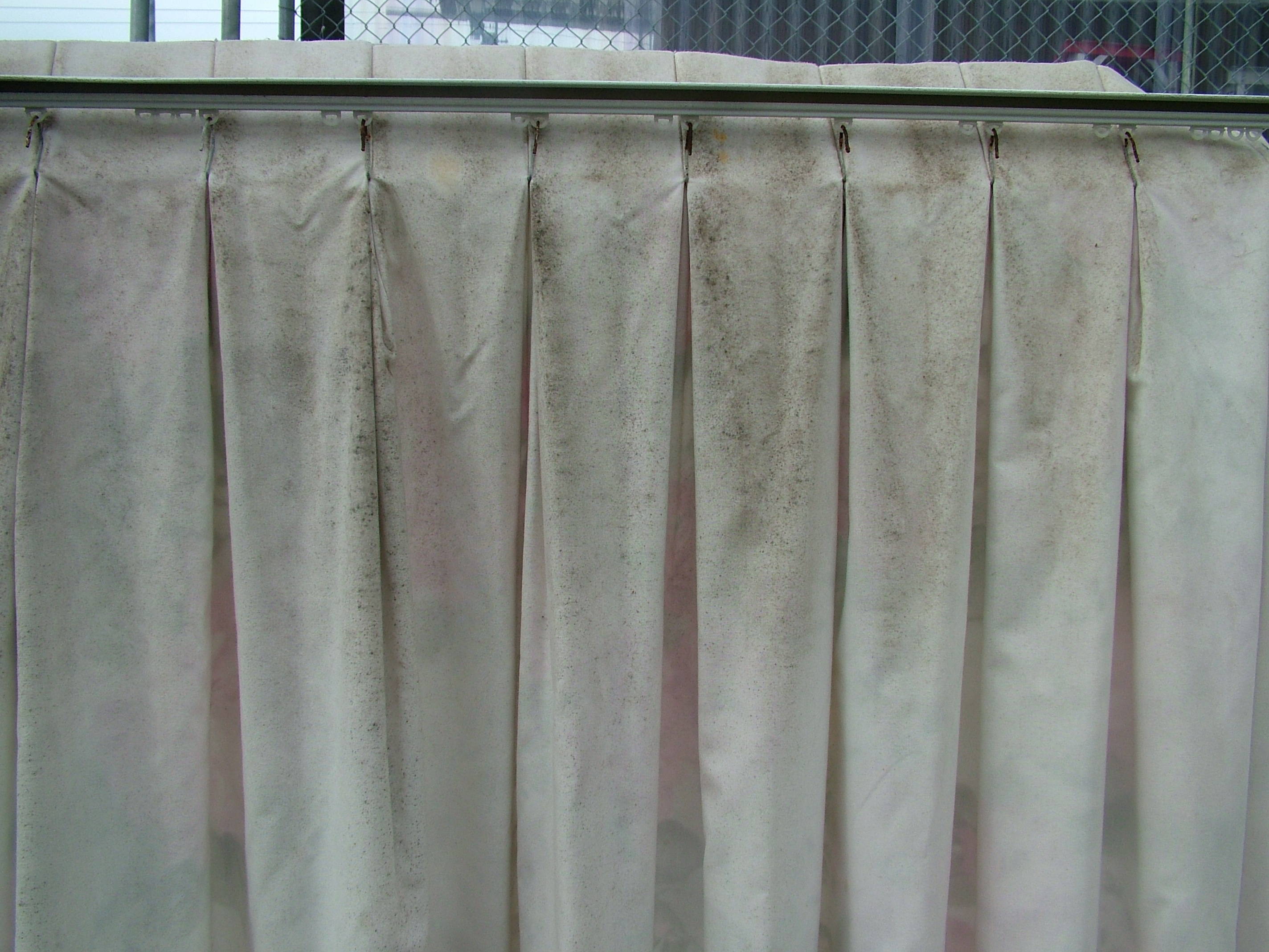 Cleaning mouldy curtains and drapes. Can they be cleaned Yes ...